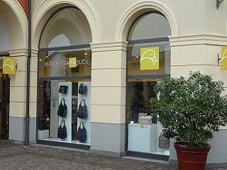 Mandarina Duck Outlet italien